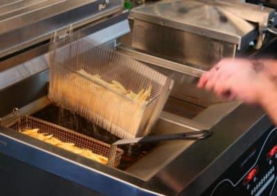 EE-frying-in-motion1